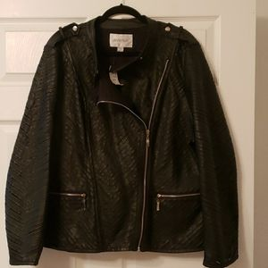 Avenue Womens Plus Size Leather Biker Style Jacket
